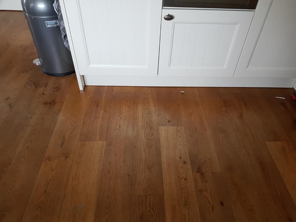 voor de koelkast slijt de vloer heel hard Lisette Schrijft