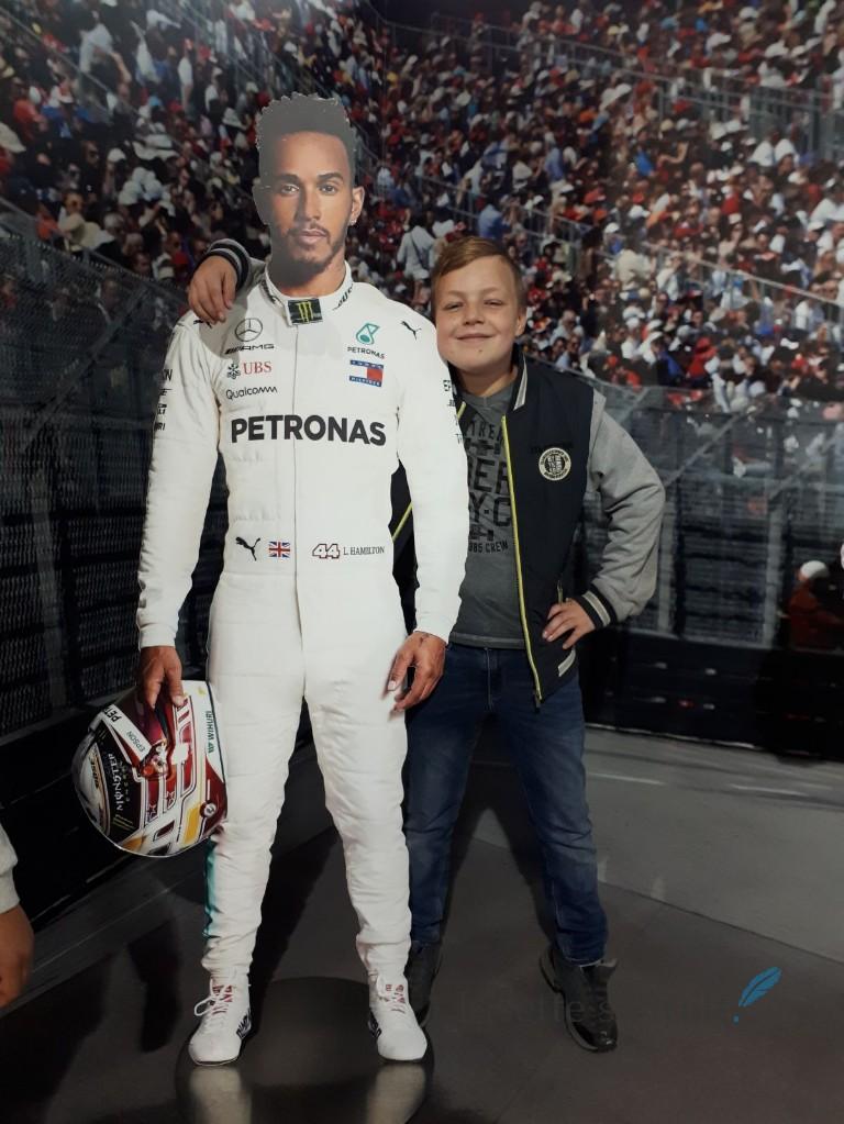 Silver Star achtbaan Mercedes Lewis Hamilton Lisette Schrijft