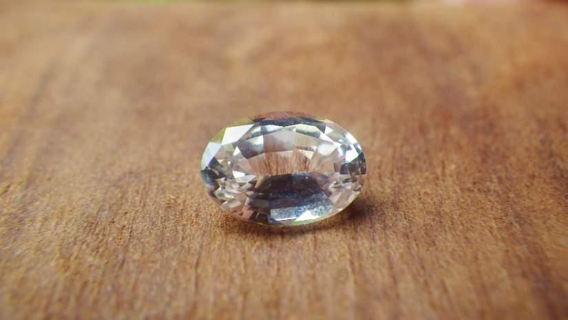 white-sapphire-1-70ct_srilanka_1