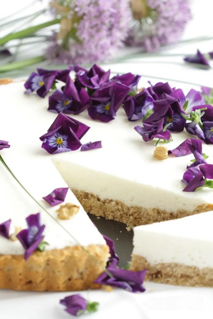 Joghurt-Tarte mit Walnussboden