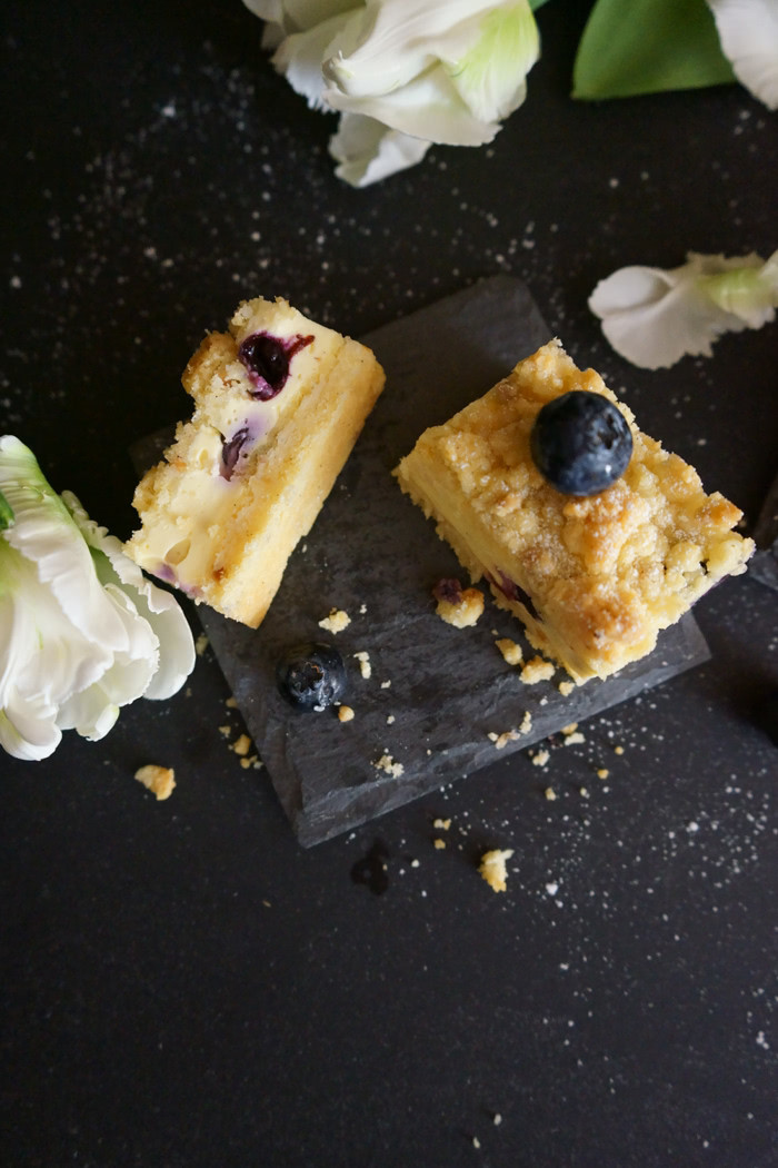 Heidelbeer-Quark-Streuselkuchen