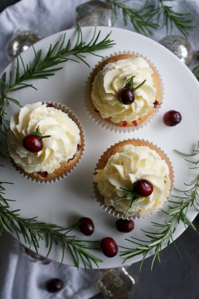Cranberrie-Pekannuss-Cupcakes