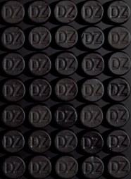 DZ -Composition in Black