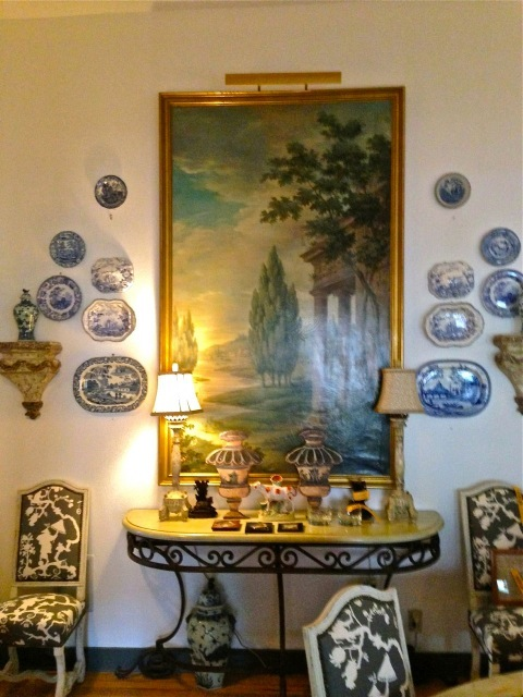 More blue and white in the dinning room—love it all