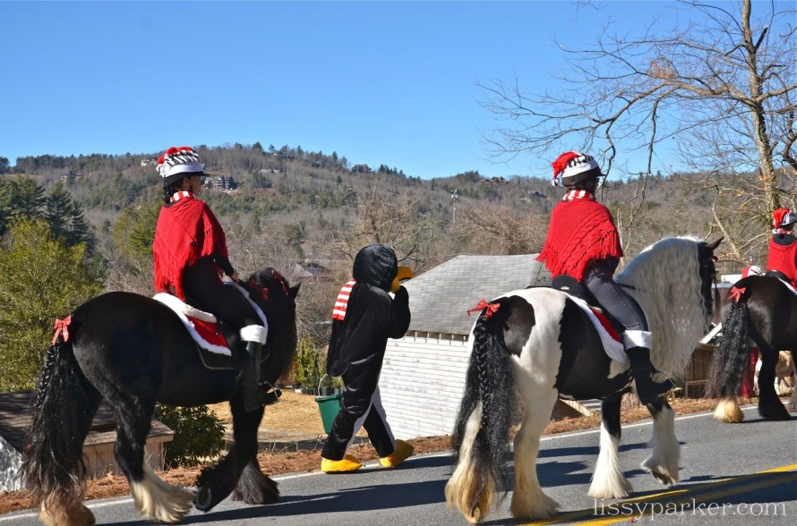 Loved the tails with braids and bows—hooves were painted red and green