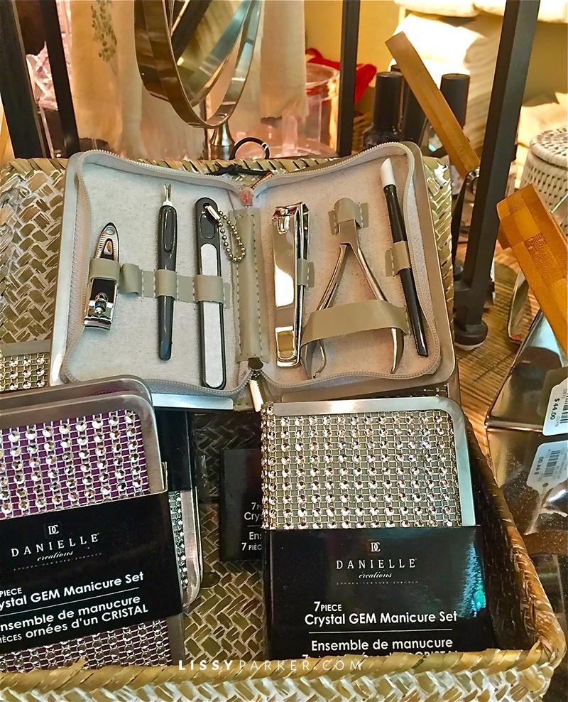Sparkly nail kits