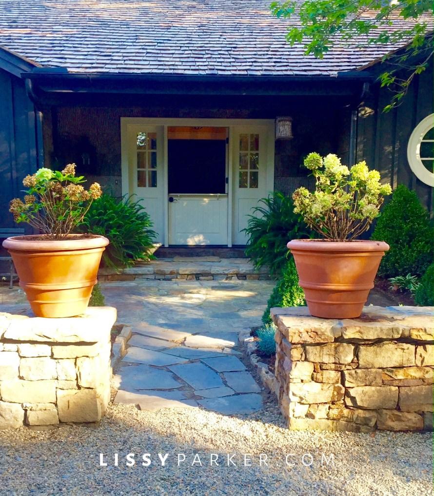 entry garden wall
