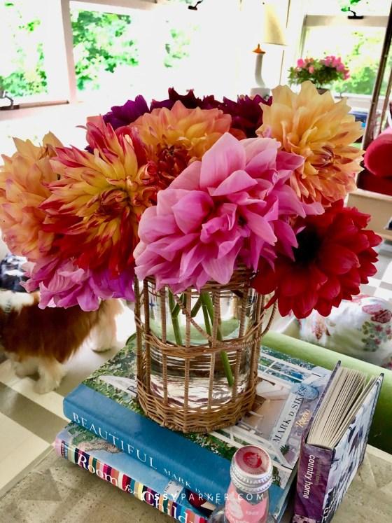 friday flowers desk