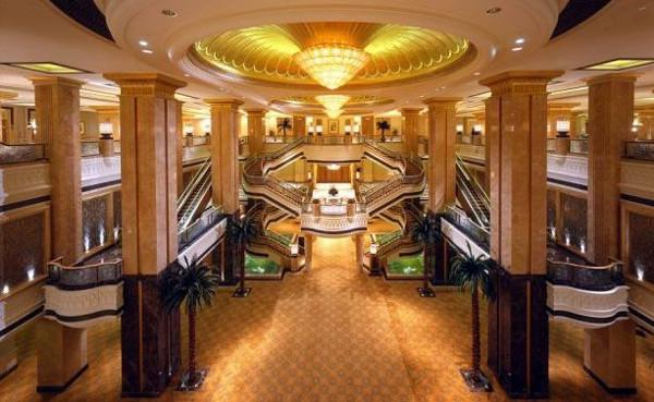 Emirates-Palace-Inside-Abu-Dhabi-06