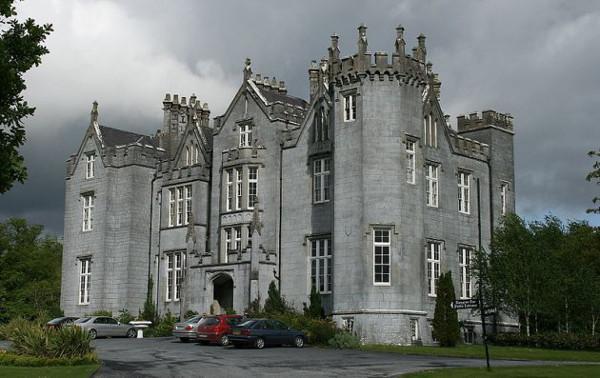 Haunted Kinnitty Castle 10