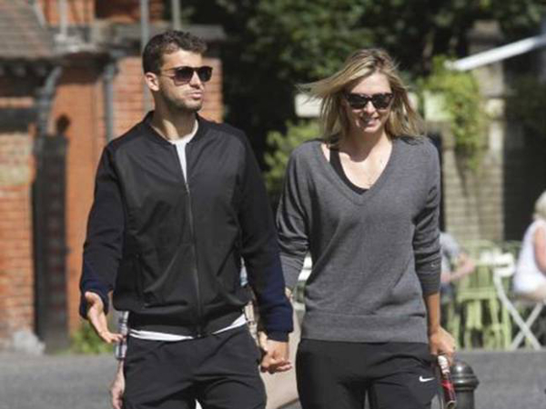 Tall-Maria-Sharapova-With-her-Tall-Husband