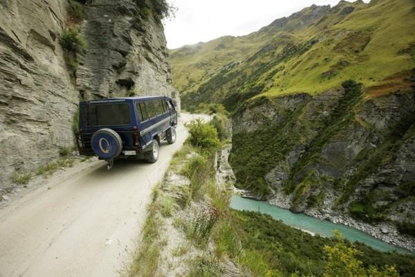worlds-most-dangerous-roads-Sabse-Khatarnak-Raaste