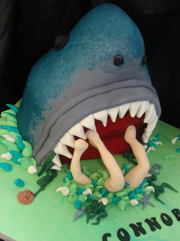 20 Killer Shark Cakes great white