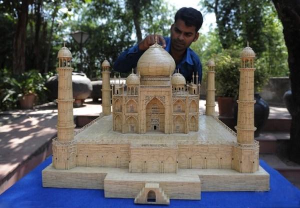20 Stunning Matchstick Art: Taj Mahal