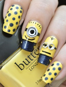 Minions of Despicable me nail art design