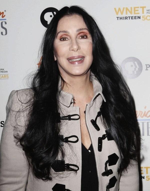 Cher siger actress