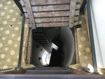 Dentro da torre de vigilância