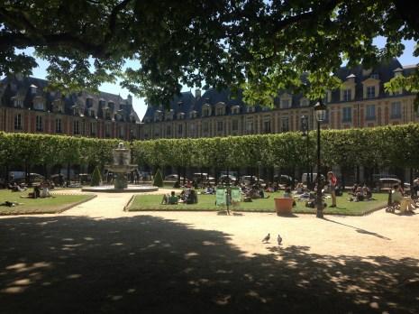 Place des Vosges - onde fica o antigo apartamento de Victor Hugo