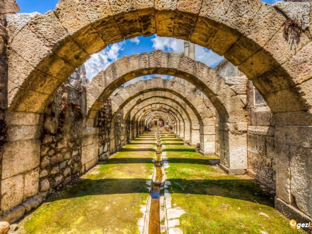 Smyrna Antik Kenti