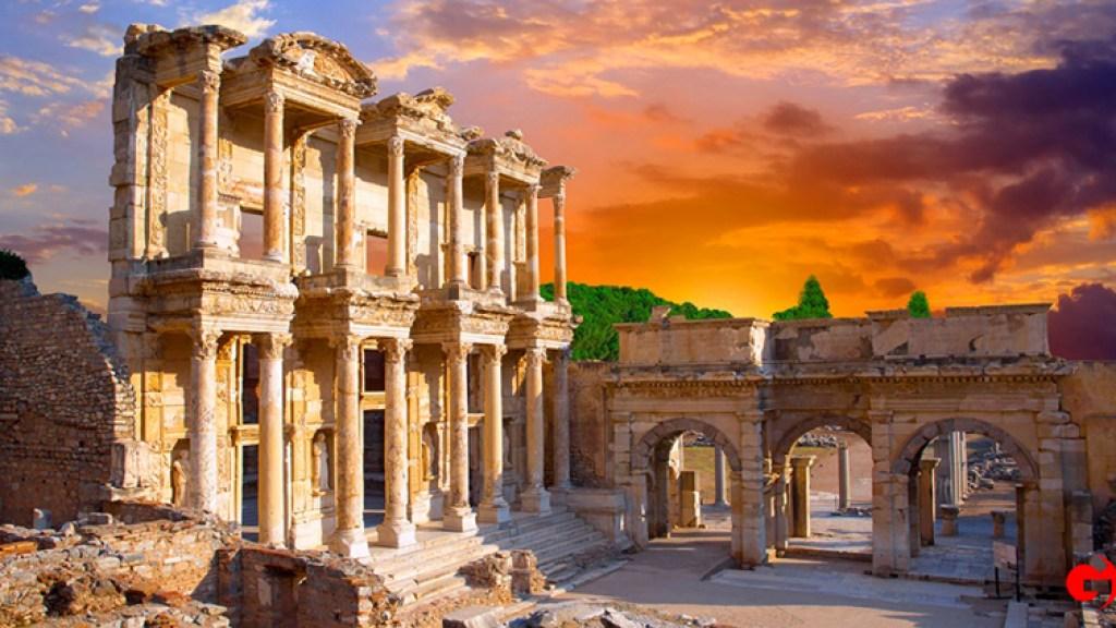 Efes Antik Kenti - İzmir'in Gezilecek Yerleri