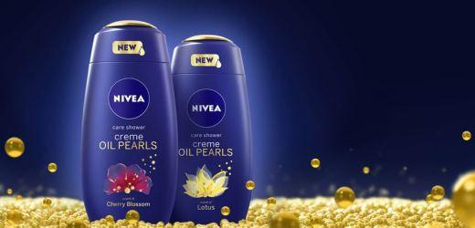 Simte răsfățul perlelor cu uleiurile esențiale din noile geluri de duș NIVEA