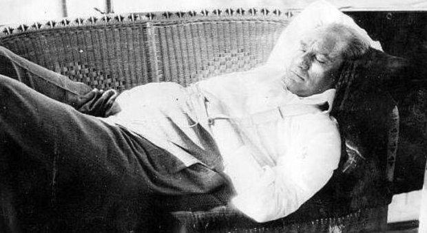 9. Babamdan çok Atatürk'e ağlamıştım