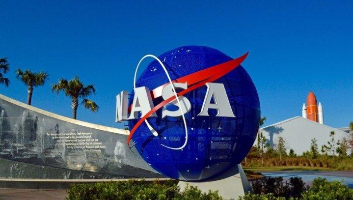 """Uzay Nasıl Kokar?"""": NASA Tarafından Uzay Kokulu Parfüm Tasarlandı ..."""