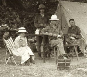 Yvette and Roy in camp at Fuchow in 1916