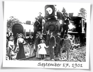 Train to the Grand Canyon south Rim in 1901