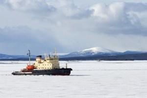 Arctic pathmaker