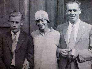 Louis Edward Gordon, Flight Mechanic, Earhart and Wilmer Stultz, Pilot, the crew of the Friendship