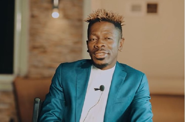 Shatta Wale promises Ms Forson marriage after seeing her twerk