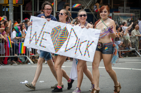 Chicago Dyke March Tells Lesbians To Stay Away If They Don