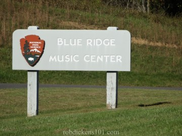 DSC02081BlueRidgeMusicCentreSign