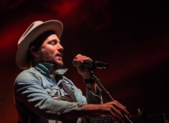 A Gleam In The Eye Of The Avett Brothers