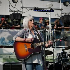 Emmylou Harris and the Nash Ramblers Live In Music City