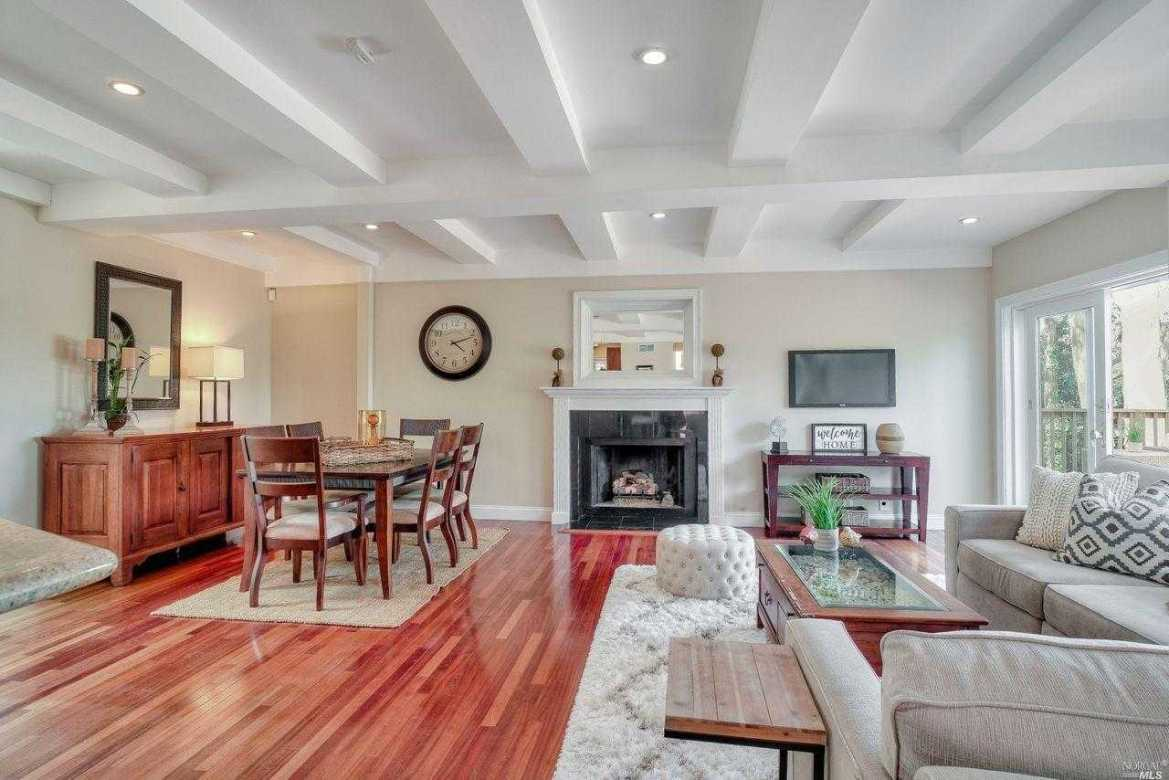 $1,749,000 - 3Br/4Ba -  for Sale in Sausalito