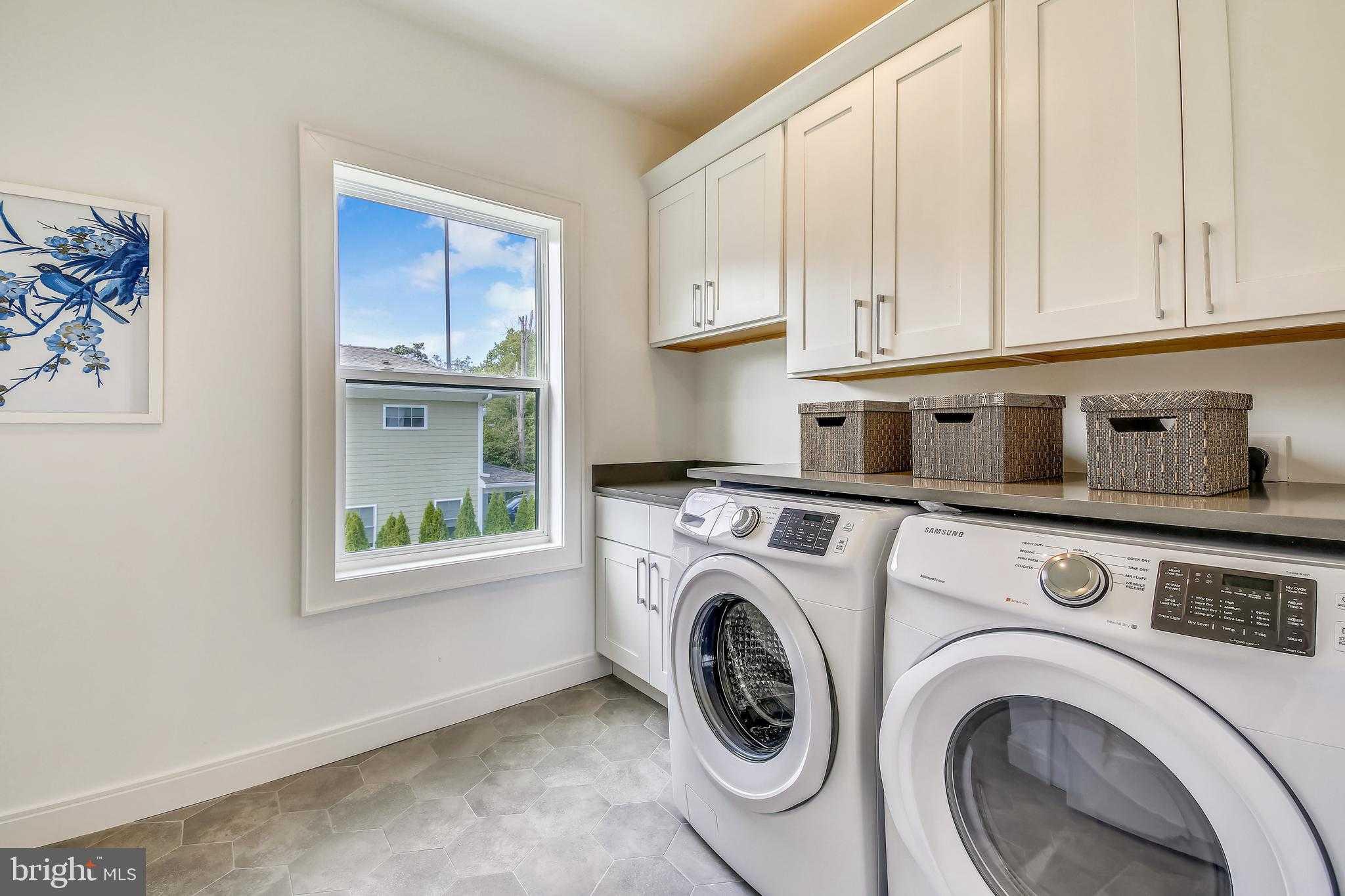 $1,380,000 - 5Br/5Ba -  for Sale in Parkwood, Bethesda