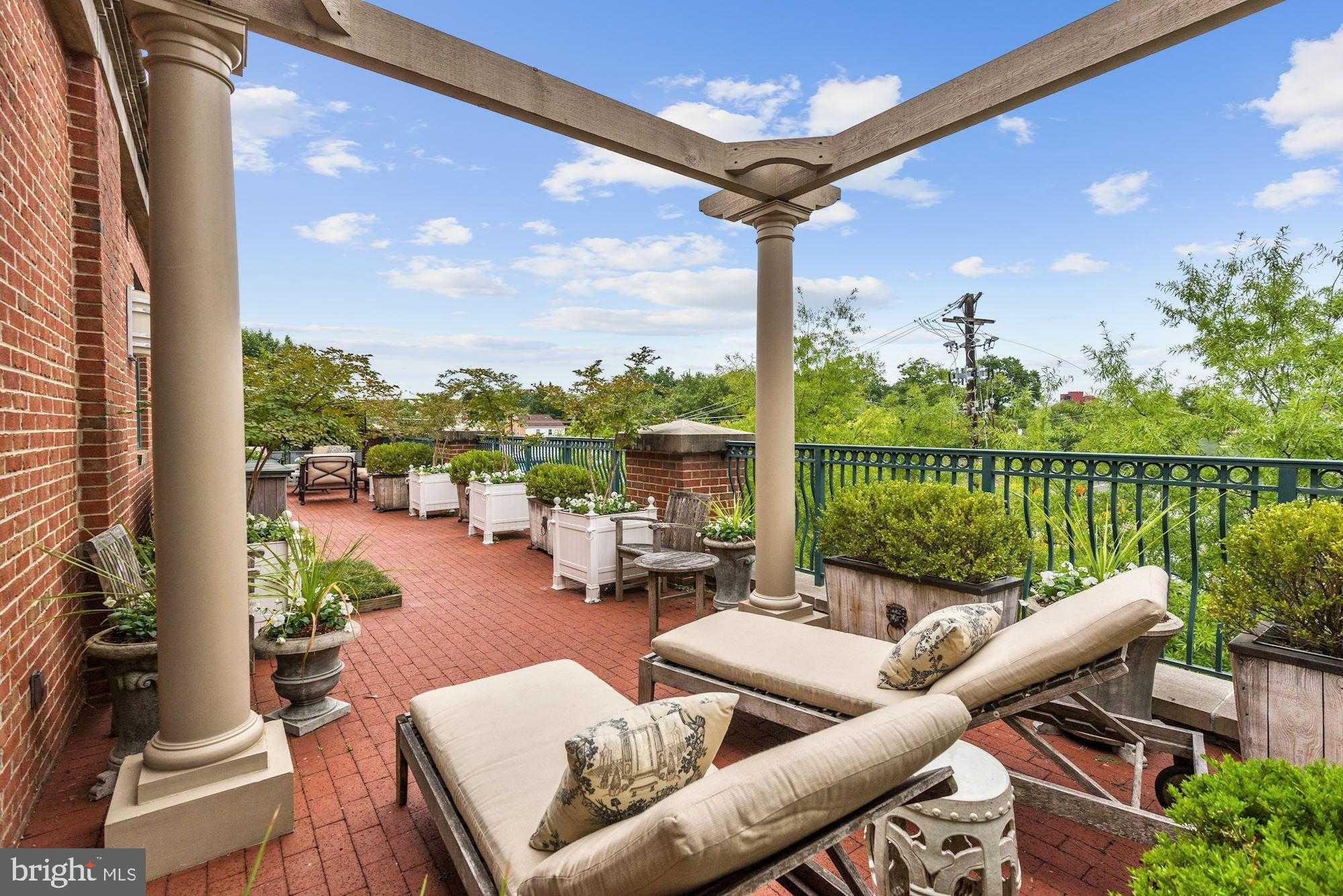 $2,350,000 - 3Br/3Ba -  for Sale in Edgemoor, Bethesda