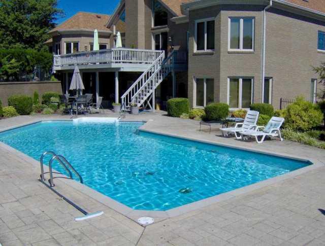 $775,000 - 5Br/4Ba -  for Sale in Derbyshire Estate, Louisville
