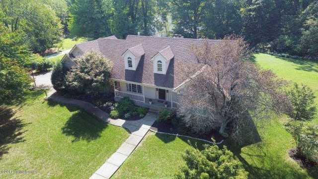$389,500 - 3Br/3Ba -  for Sale in Stoney Creek Estates, Pewee Valley