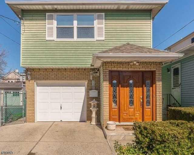 $312,000 - 3Br/4Ba -  for Sale in Elizabeth City