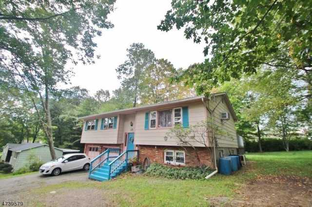 $271,000 - 3Br/2Ba -  for Sale in Prospect Point, Jefferson Twp.