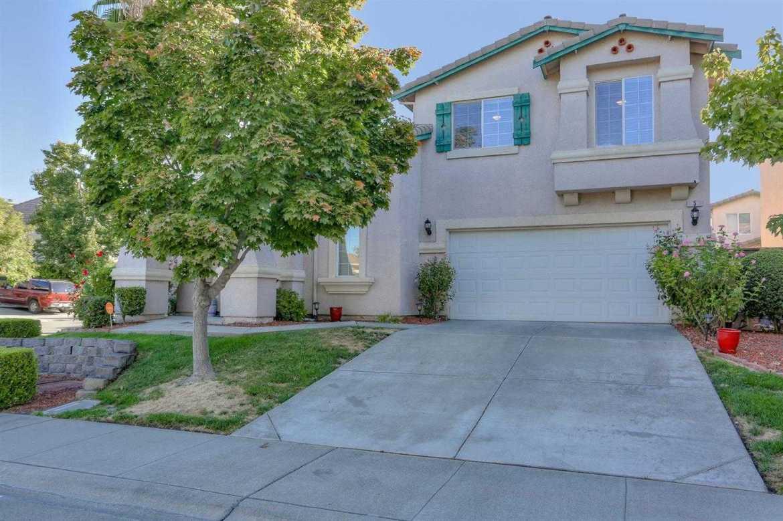 $439,900 - 4Br/3Ba -  for Sale in Sacramento