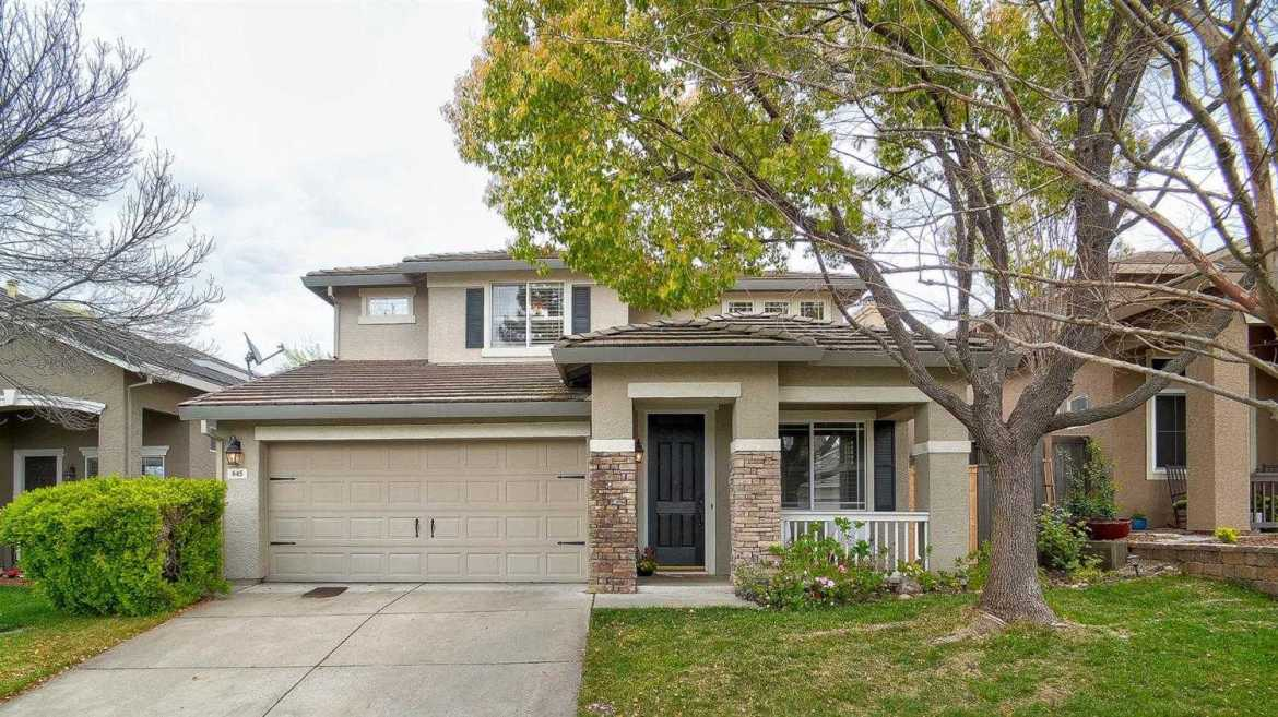 $578,000 - 5Br/3Ba -  for Sale in Roseville