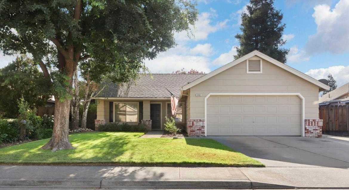 $325,000 - 3Br/2Ba -  for Sale in Turlock