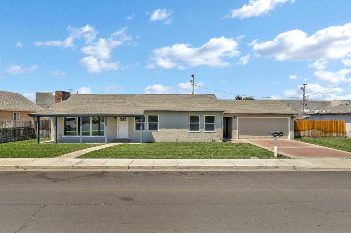 $528,888 - 3Br/2Ba -  for Sale in Manteca