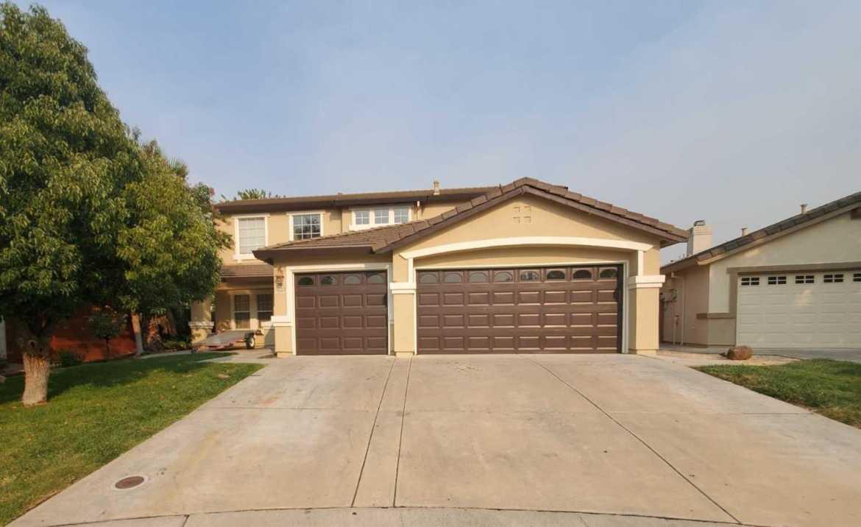 $490,000 - 5Br/3Ba -  for Sale in Elk Grove