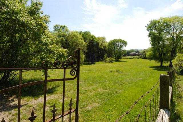 $2,150,000 - 4Br/2Ba -  for Sale in Equestrian, Franklin