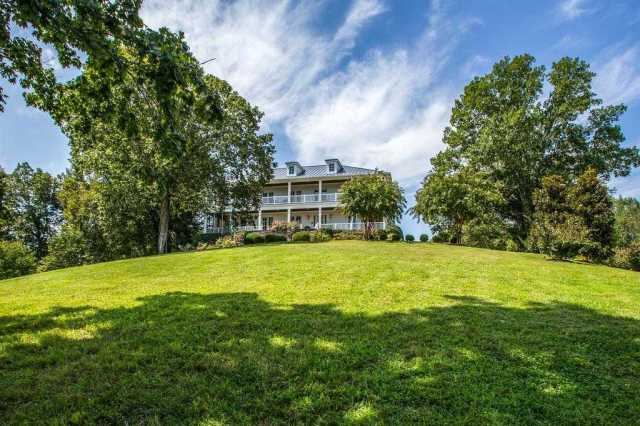 $2,999,999 - 5Br/8Ba -  for Sale in Leipers Fork, Franklin
